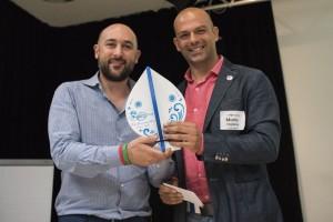 Davide Scotti premiato da Mario Stigliano - Foto Claudia Calà